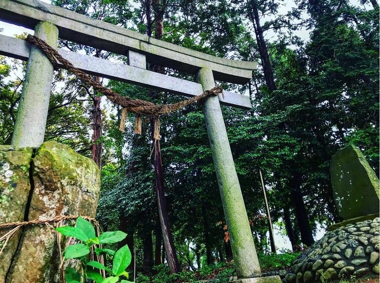 島田市敬満神社