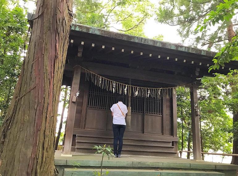 片岡神社の玉船神社